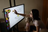 EdutabTV interaktivní dotyková televize pro školy, školky, firmy